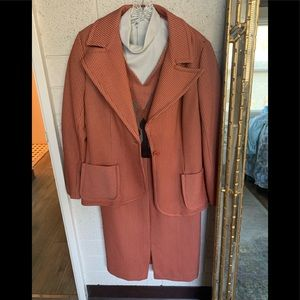 Vintage business lady knit suit